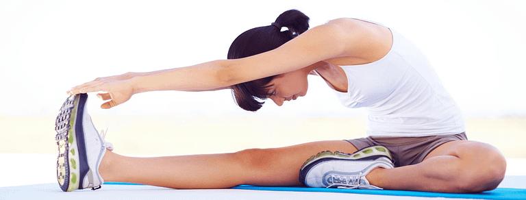 allungamento del tendine del ginocchio seduto